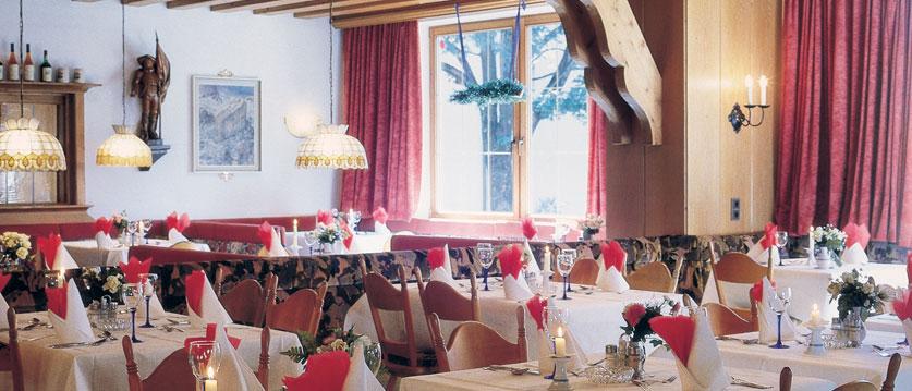 Austria_Mayrhofen_Alpenhotel-Kramerwirt_Restaurant2.jpg